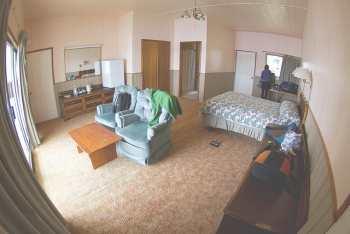 Комфортабельный номер в отеле города Неиафу